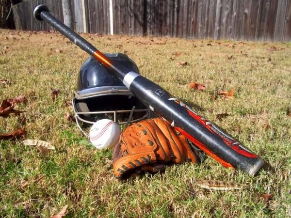 Baseball-games-for-kids-Equipment